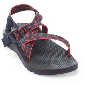 Womens size 9 chacos z/1 classic